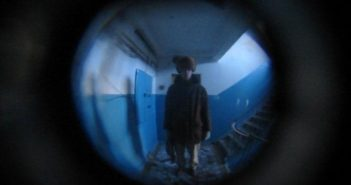 Первоуралец поджег квартиру своей бывшей через «глазок»