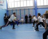 Борцы с наркотиками в балаклавах нагрянули в сысертскую школу