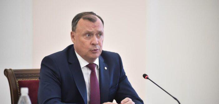 Сто дней у руля. Мэр Екатеринбурга Алексей Орлов впервые устроил пресс-конференцию